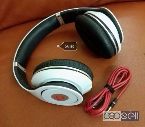 Headset and speaker for sale Aspire Park, Doha 1