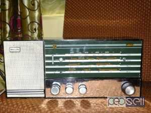 Philips bakelite valve radio perfectly working