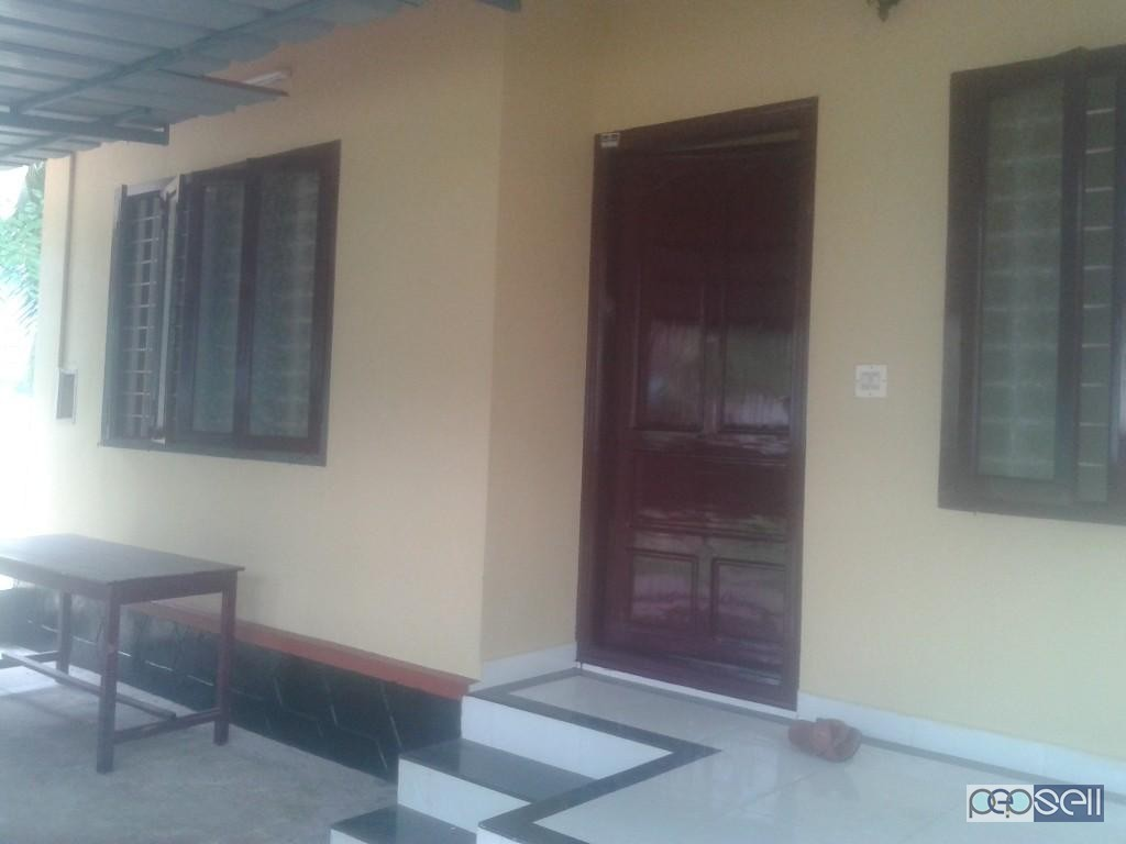 38 Lakhs house for Sale near Vyttila.