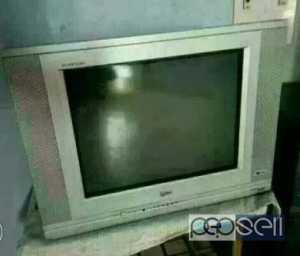 LG FLAT 21 inch crt TV