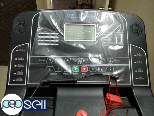 Brand new Treadmill for sale with Auto-incline mode. 0