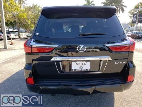 2018 Lexus LX 570 3