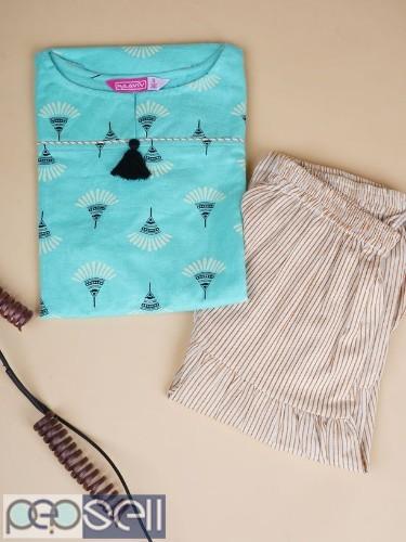 Women's Kurta and Skirt Set. 3