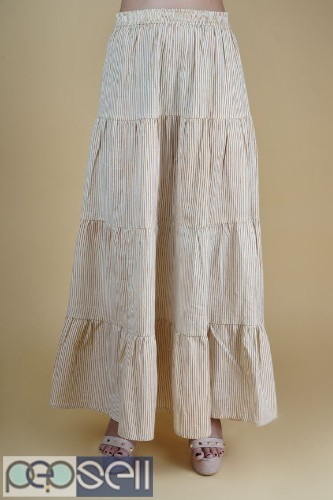 Women's Kurta and Skirt Set. 4