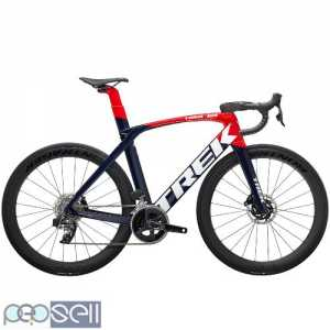 2022 Trek Madone SLR 6 eTap Road Bike (INDORACYCLES)